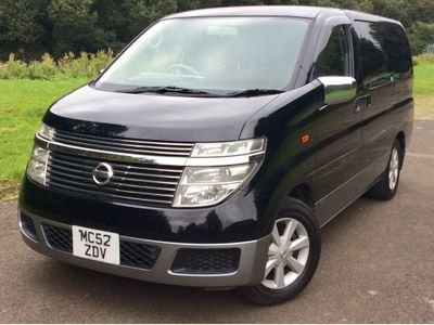 Nissan Elgrand MPV 3.5 V6 auto 8 seats rear curtains
