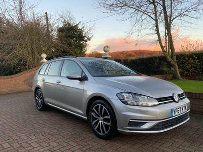 Volkswagen Golf Estate 2.0 TDI SE Nav DSG (s/s) 5dr