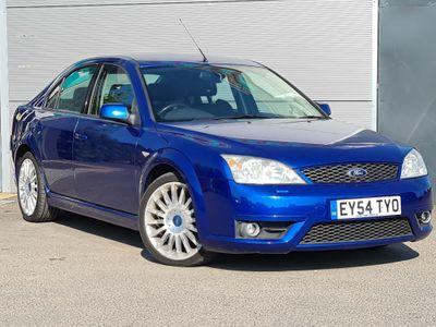 Ford Mondeo Hatchback 3.0 ST-220 5dr
