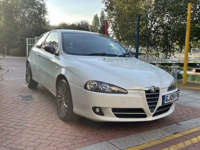 Alfa Romeo 147 Hatchback 1.6 T.Spark Collezione 3dr