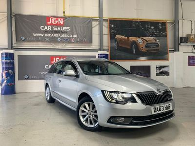 SKODA SUPERB Estate 1.6 TDI GreenLine III CR DPF Elegance 5dr