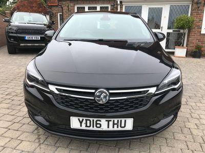 Vauxhall Astra Hatchback 1.4i Turbo Elite Nav 5dr