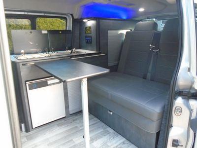 Peugeot Expert Combi Van day van