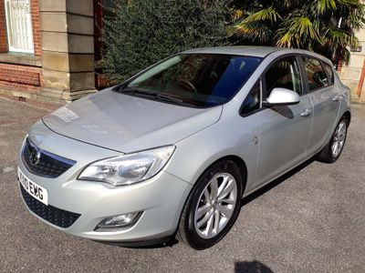 Vauxhall Astra Hatchback 1.6 16v S 5dr