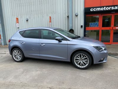 SEAT Leon Hatchback 1.2 TSI SE Dynamic (Tech Pack) (s/s) 5dr