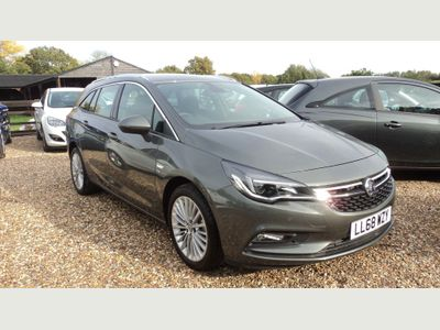 Vauxhall Astra Estate 1.4i Turbo Elite Nav Sports Tourer Auto (s/s) 5dr