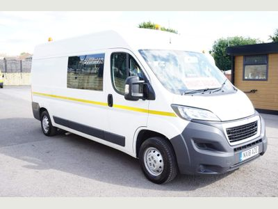 Peugeot Boxer Combi Van Mobile Welfare Van 335 L3 H2 2.2