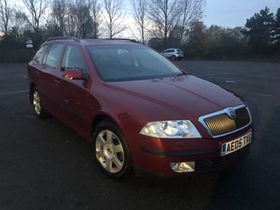 SKODA Octavia Estate 2.0 FSI Laurin & Klement 5dr