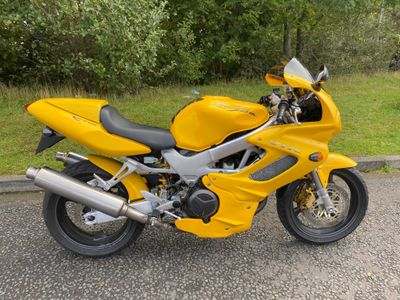 Honda VTR1000 Sports Tourer 1000 Firestorm V