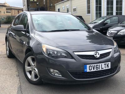 Vauxhall Astra Hatchback 1.6 16v SRi Auto 5dr