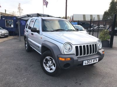 Jeep Cherokee SUV 2.8 CRD Sport 4x4 5dr