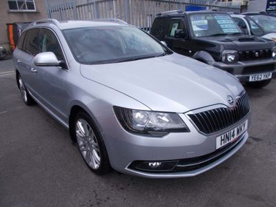 SKODA Superb Estate 2.0 TDI Elegance DSG 4x4 5dr
