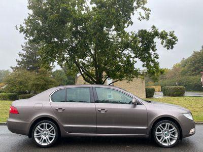 SKODA Superb Hatchback 1.8 TSI Elegance DSG 5dr