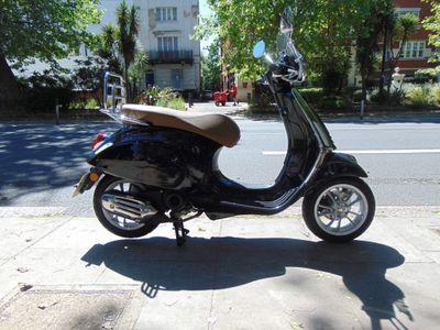 Piaggio Vespa Primavera Moped 50 Primavera 50 4s