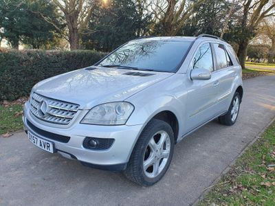 Mercedes-Benz M Class SUV 3.0 ML280 CDI S 7G-Tronic 5dr