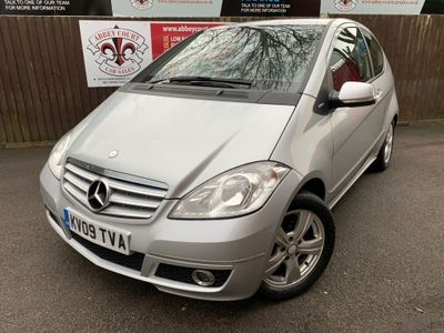 Mercedes-Benz A Class Hatchback 2.0 A160 CDI BlueEFFICIENCY Avantgarde SE 3dr