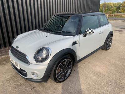 MINI Hatch Hatchback 1.6 Cooper D Soho 3dr