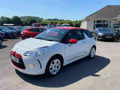 Citroen DS3 Hatchback 1.6 e-HDi Airdream DStyle Red 3dr