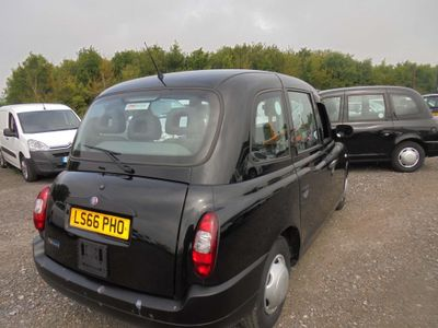 London Taxis International TX4 MPV 2.5 TD Style 4dr