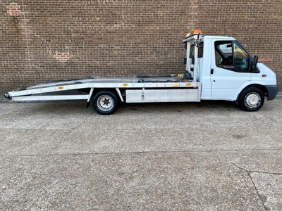 Ford Transit Vehicle Transporter RECOVERY TRUCK / 140 T350L RWD