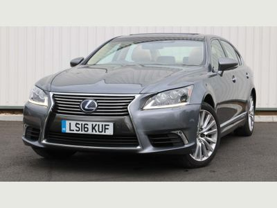 Lexus LS 600h Saloon 5.0 L Premier E-CVT 4WD 4dr (Rear seat relaxation, Night view)