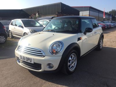 MINI Hatch Hatchback 1.6 One (Pepper) 3dr