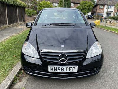 Mercedes-Benz A Class Hatchback 1.5 A150 Classic SE CVT 3dr