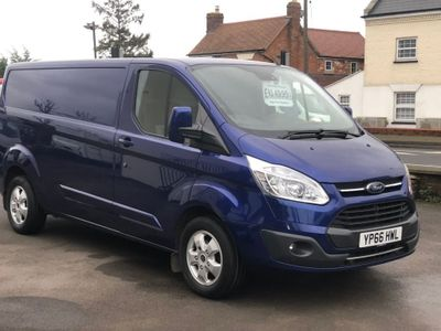 Ford Transit Custom Panel Van 2.0 TDCi 290 L2H1 Limited FWD 5dr