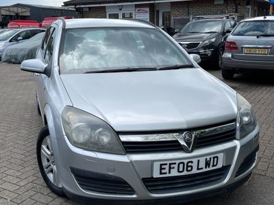 Vauxhall Astra Estate 1.8 i 16v Active 5dr