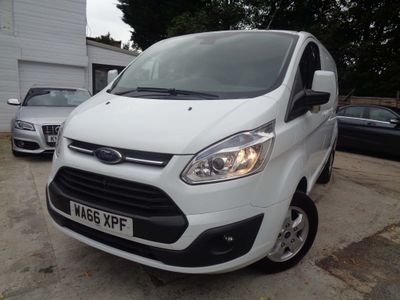FORD TRANSIT CUSTOM Panel Van 2.0 TDCi 270 L1H1 Limited Panel Van 5dr (EU6)