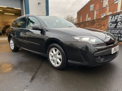 Renault Laguna Estate 2.0 dCi Dynamique 5dr (Tom Tom)