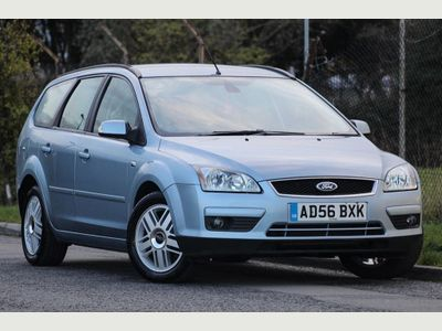 Ford Focus Estate 2.0 TDCi Ghia 5dr IV
