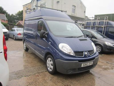Renault Trafic Panel Van LH29 2.0 DCI Long wheel base, High roof.