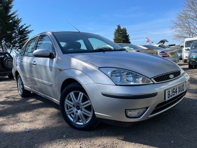 Ford Focus Saloon 1.6 i 16v Ghia 4dr