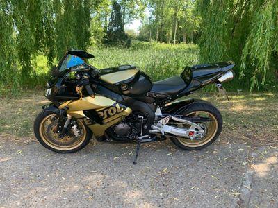 Honda CBR1000RR Fireblade Unlisted