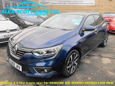 Renault Megane Hatchback 1.3 TCe Iconic (s/s) 5dr