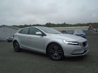 Volvo V40 Hatchback 2.0 D2 Momentum Nav Plus Auto (s/s) 5dr
