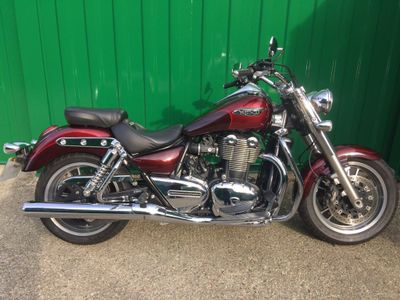 Triumph Thunderbird 1700 Custom Cruiser 1700 Commander