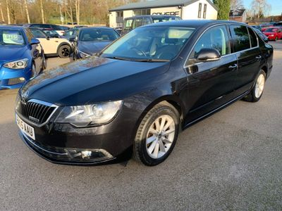 SKODA Superb Hatchback 1.6 TDI GreenLine III SE Business 5dr