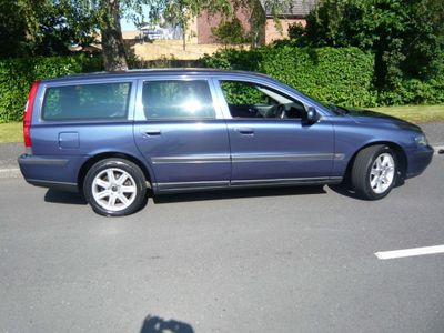 Volvo V70 Estate 2.4 D5 S 5dr