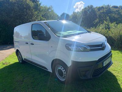 Toyota ProAce Panel Van 1.6D Compact Panel Van SWB EU6 6dr