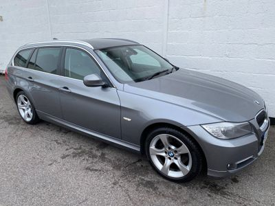 BMW 3 Series Estate 2.0 320i Exclusive Edition Touring 5dr