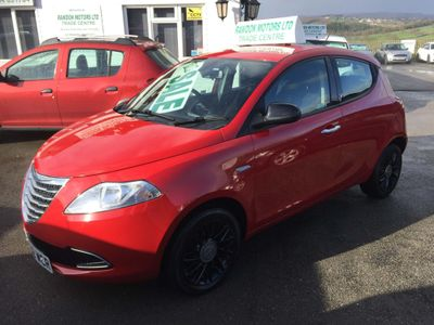 Chrysler Ypsilon Hatchback 1.2 SE (s/s) 5dr