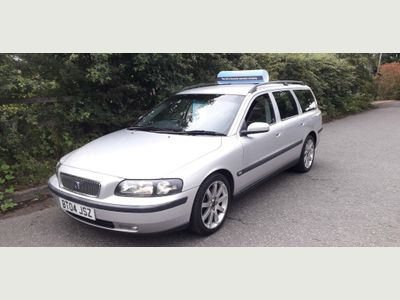 VOLVO V70 Estate 2.4 D5 Sport 5dr