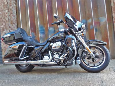 Harley-Davidson Touring Tourer 1750 Ultra Limited Low