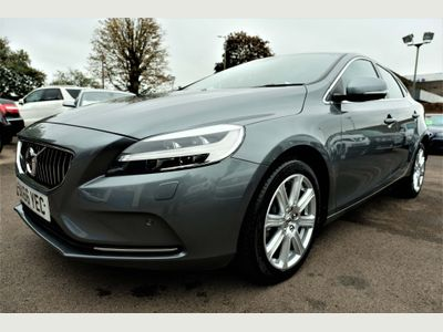 Volvo V40 Hatchback 1.5 T2 Inscription Auto (s/s) 5dr