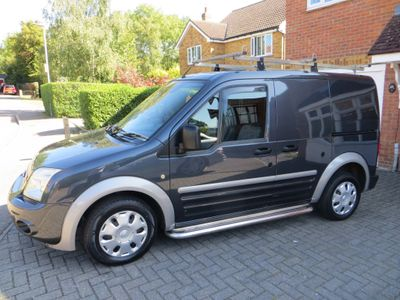 FORD TRANSIT CONNECT Panel Van 1.8 TDCi T220 SWB Trend Panel Van 4dr