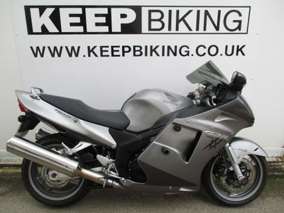 Honda CBR1100XX Super Blackbird Sports Tourer 1100 Blackbird