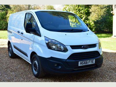 Ford Transit Custom Panel Van 2.2 TDCI L1H1 ECO-TEC 125BHP 6 DR A/CON