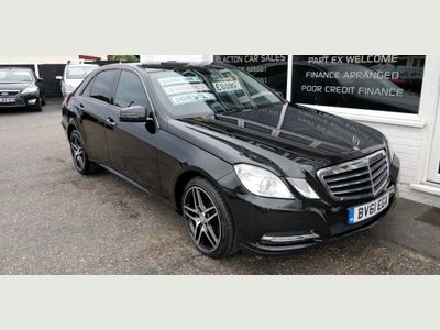 Mercedes-Benz E Class Saloon 2.1 E200 CDI BlueEFFICIENCY SE Edition 125 G-Tronic (s/s) 4dr